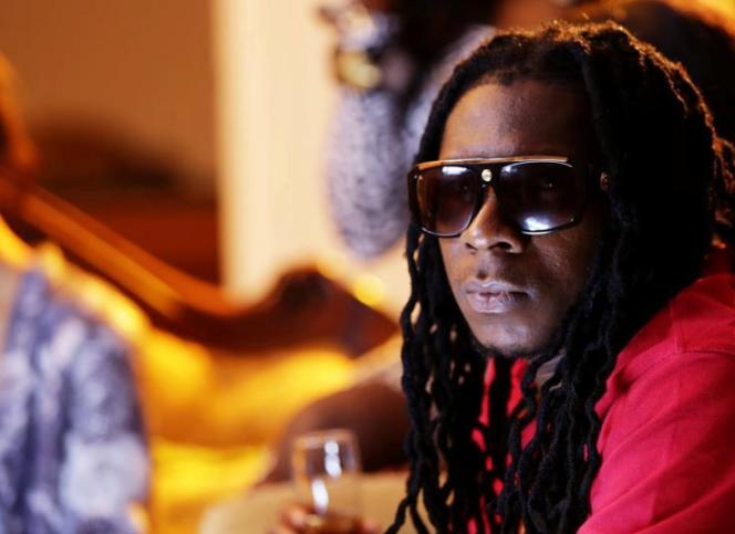 Mugeez (of R2Bees) – Girl Dem Lover (LoyalCover)